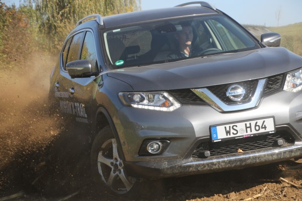 X-Trail-Fahbericht-Carworld